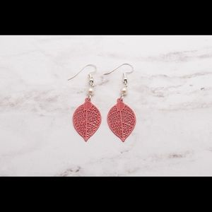 Jewelry - Pink Leaf Filligree Teardrop Earrings
